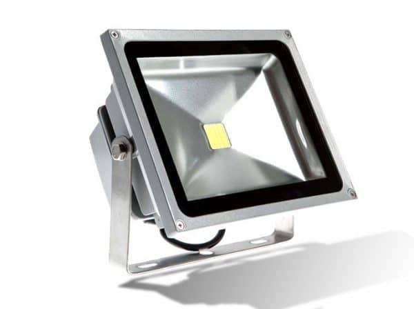 den pha led 100w 600x448 - Đèn Pha Led công suất 100w