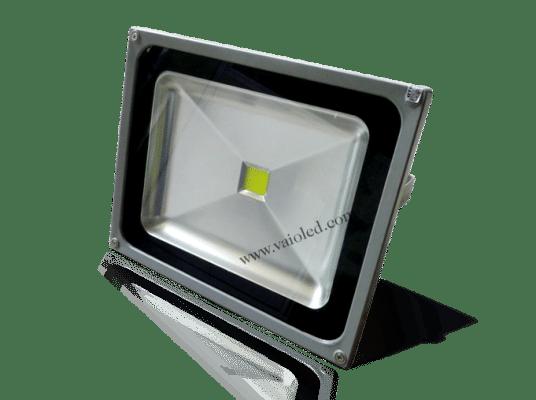 den pha led 20w 536x400 - Đèn Pha LED 20W