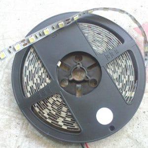 led day 5050 du mau chong nuoc 300x300 - Đèn Led dây cuộn dán 5050 đủ màu chống nước