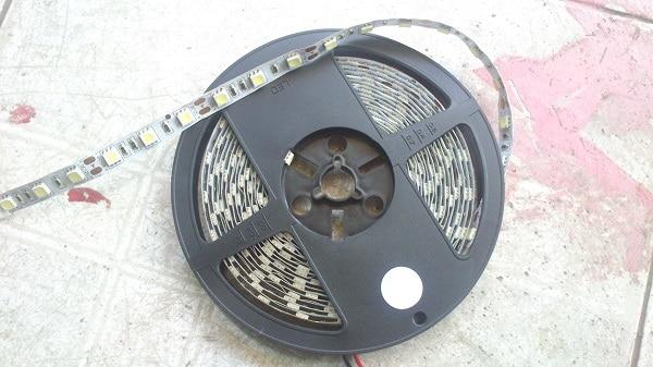 led day 5050 du mau chong nuoc - Đèn Led dây cuộn dán 5050 đủ màu chống nước